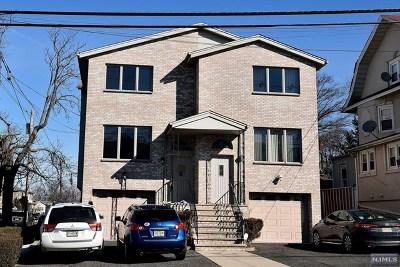 Cliffside Park Condo/Townhouse For Sale: 415 Lawton Avenue