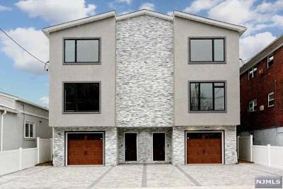 Fairview Condo/Townhouse For Sale: 266 Kamena Street #B