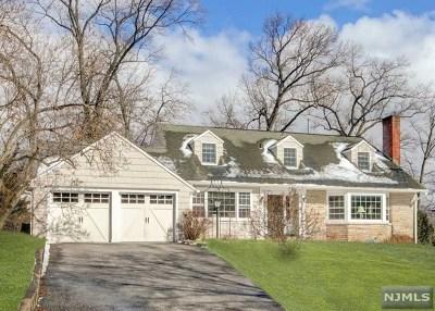 Ridgewood Single Family Home For Sale: 241 Gardner Road