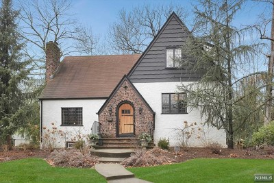Ridgewood Single Family Home For Sale: 62 North Monroe Street