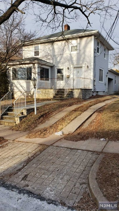 Hackensack Single Family Home For Sale: 302 Marvin Avenue