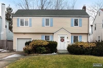 Bergenfield Single Family Home For Sale: 68 Lunn Avenue