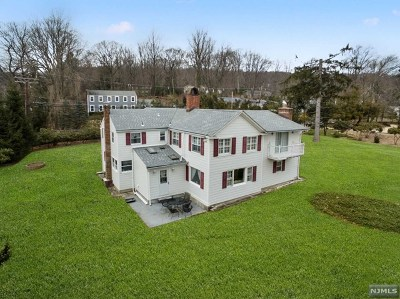Morris County Single Family Home For Sale: 4 Raynor Road