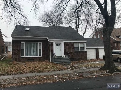 Newark NJ Single Family Home For Sale: $149,000