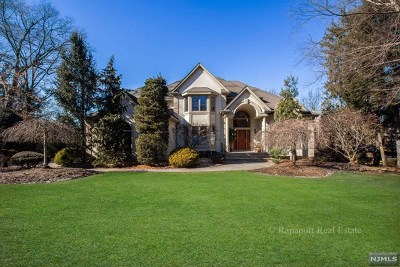Closter Single Family Home For Sale: 32 McCain Court