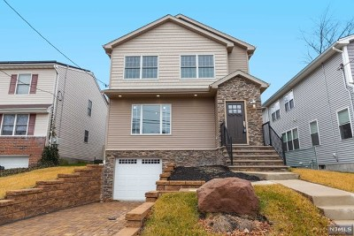 Bergenfield Single Family Home For Sale: 88 Sussex Road