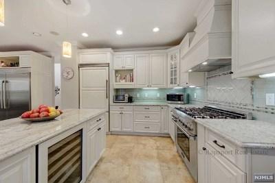 Closter Single Family Home For Sale: 38 Kinkaid Avenue