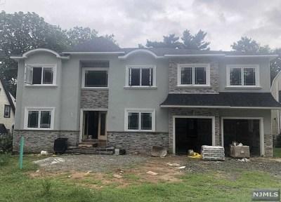 River Edge Single Family Home For Sale: 777 Bogert Road