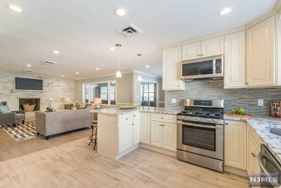 Clifton Single Family Home For Sale: 101 Edwards Road