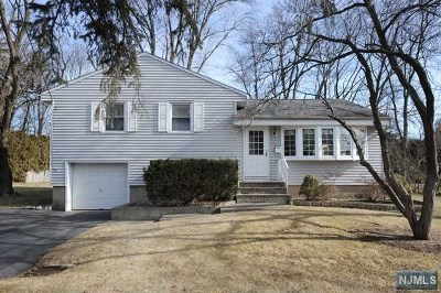 Bergen County Single Family Home For Sale: 93 Arbor Drive