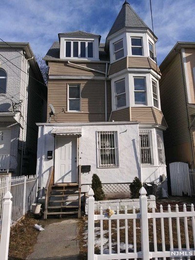Newark NJ Single Family Home For Sale: $275,000