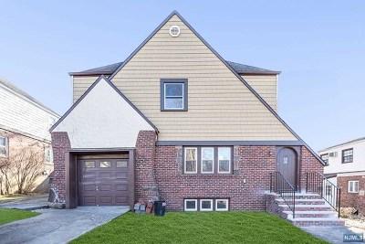 Teaneck Single Family Home For Sale: 634 Ramapo Road