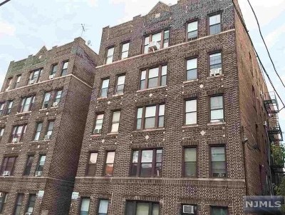 West New York Condo/Townhouse For Sale: 315 56th Street #B1