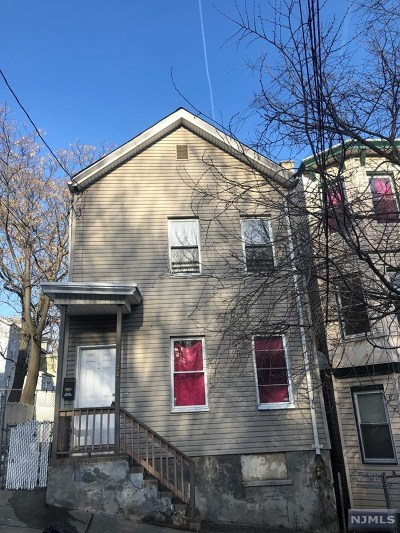 Paterson Single Family Home For Sale: 88 Temple Street