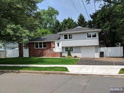Bergenfield Single Family Home For Sale: 55 Williamson Road