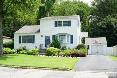 Emerson NJ Single Family Home For Sale: $510,000