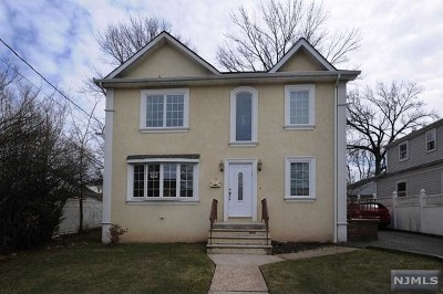 Bergenfield NJ Single Family Home For Sale: $690,000