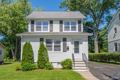 Waldwick Single Family Home For Sale: 12 Smith Street