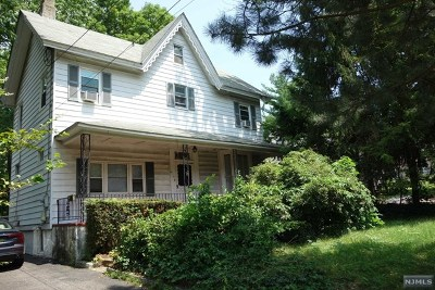 New Milford Single Family Home For Sale: 415 New Bridge Road