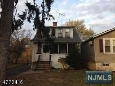 Passaic County Single Family Home For Sale: 94 Island Avenue