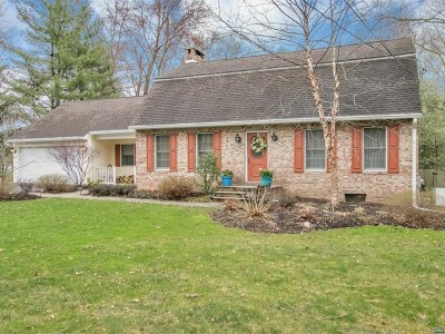 Wyckoff NJ Single Family Home For Sale: $724,900