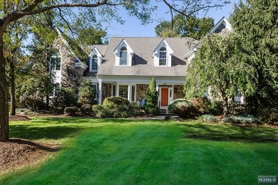 Wyckoff NJ Single Family Home For Sale: $1,490,000