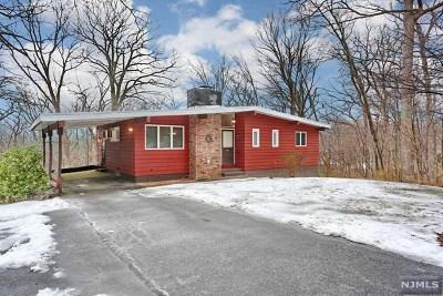 Ringwood Single Family Home For Sale: 9 Hillside Road