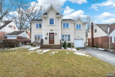 Fair Lawn Single Family Home For Sale: 35-04 Stelton Terrace