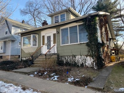 Teaneck Single Family Home For Sale: 560 Kenwood Place