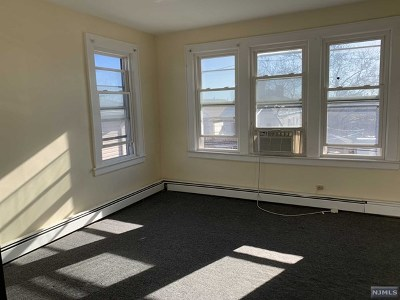 Kearny NJ Rental For Rent: $1,000