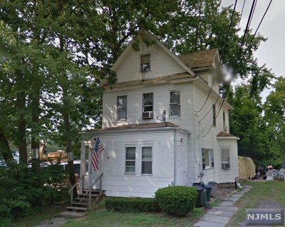 Bergenfield Multi Family 2-4 For Sale: 11 Annex Place
