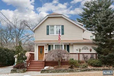 Hillsdale Single Family Home For Sale: 63 Taylor Street