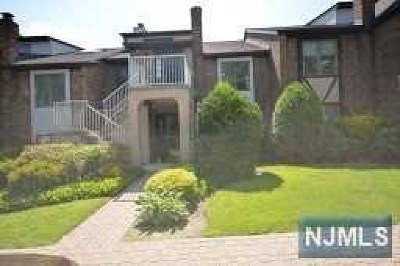 Clifton Condo/Townhouse For Sale: 900 Valley Road #D-4
