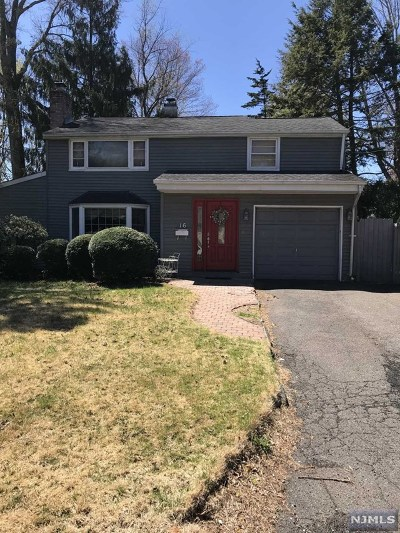 Waldwick Single Family Home For Sale: 16 Campbell Street