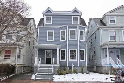 Essex County Single Family Home For Sale: 212 North Maple Avenue