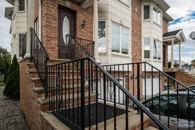 Palisades Park Condo/Townhouse For Sale: 415a Roff Avenue