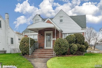Hasbrouck Heights NJ Single Family Home For Sale: $498,000