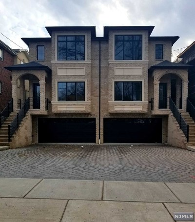Palisades Park Condo/Townhouse For Sale: 80 West Oakdene Avenue #A