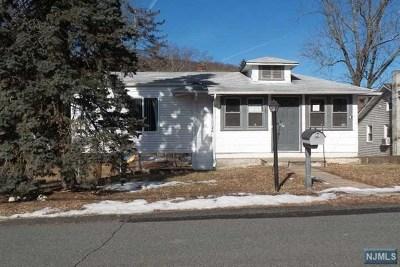 Oakland Single Family Home For Sale: 29 Hillside Avenue