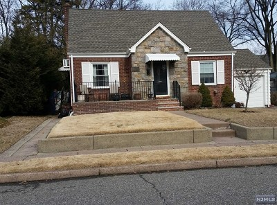 Fair Lawn Single Family Home For Sale: 17 South Broadway
