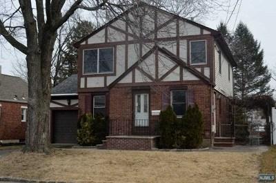 Fair Lawn Single Family Home For Sale: 10-23 4th Street