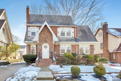 Teaneck Single Family Home For Sale: 272 Edgemont Terrace