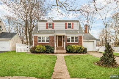 Teaneck Single Family Home For Sale: 159 Henry Street
