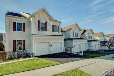 Totowa Condo/Townhouse For Sale: 1 Congressional Lane