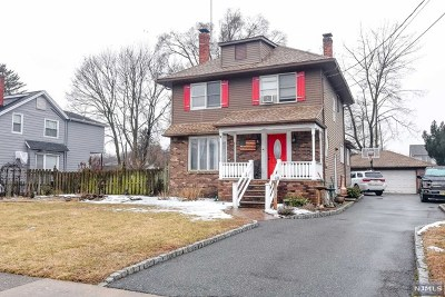 Wanaque Single Family Home For Sale: 26 Burnside Place