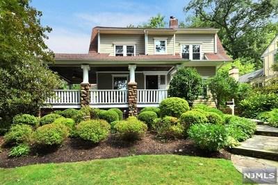 Ridgewood Single Family Home For Sale: 145 Sheridan Terrace