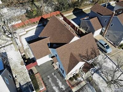 Fair Lawn Single Family Home For Sale: 35-07 Van Duren Avenue