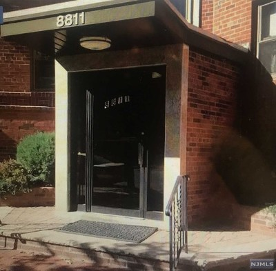 Hudson County Condo/Townhouse For Sale: 8811 Bergenline Avenue #42