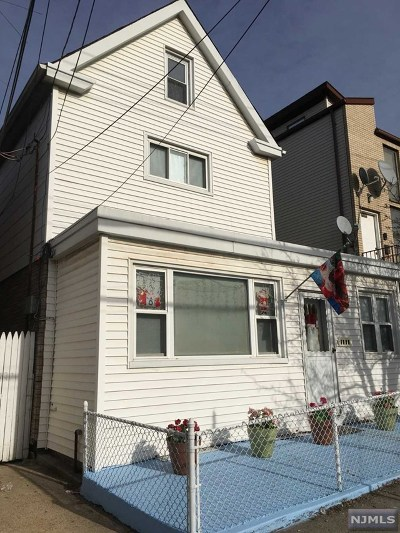 North Bergen Single Family Home For Sale: 1402 43rd Street
