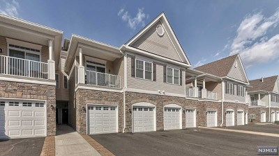 Wanaque Condo/Townhouse For Sale: 34 Elston Court